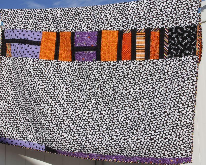 Halloween quilt 02 quilt back