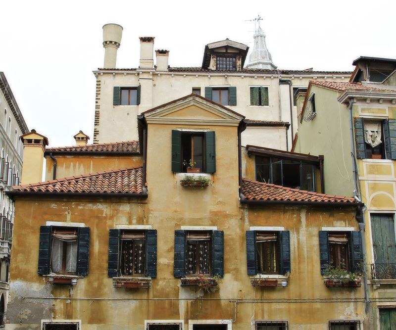 Venice buildings small amy sorensen