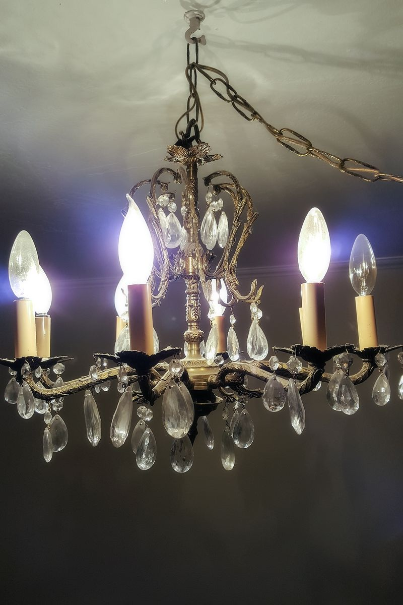 Moms chandelier