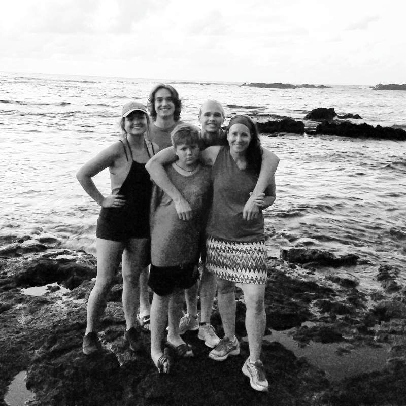 Amy and kids 05 24 2017 hawaii hilo