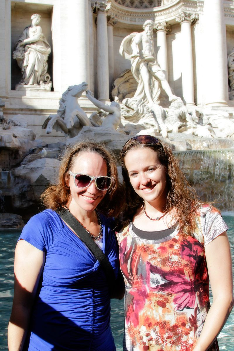 _MG_9932 becky amy trevi fountain 4x6