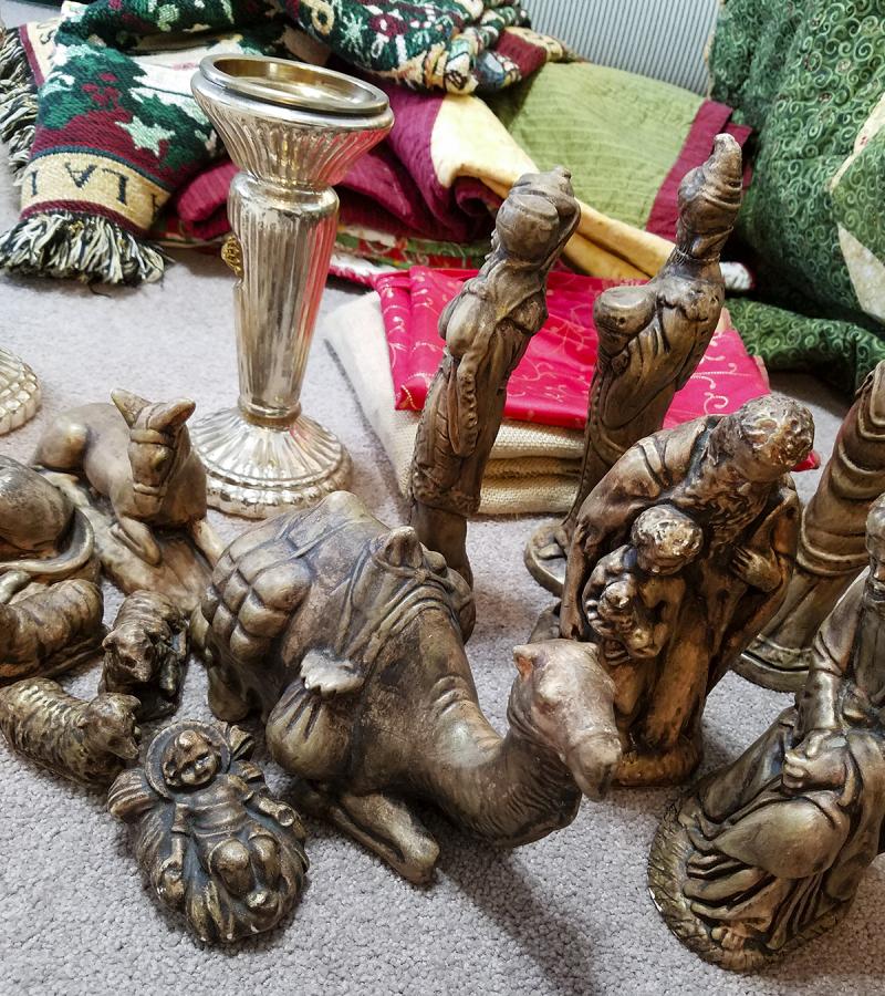 Brown nativity