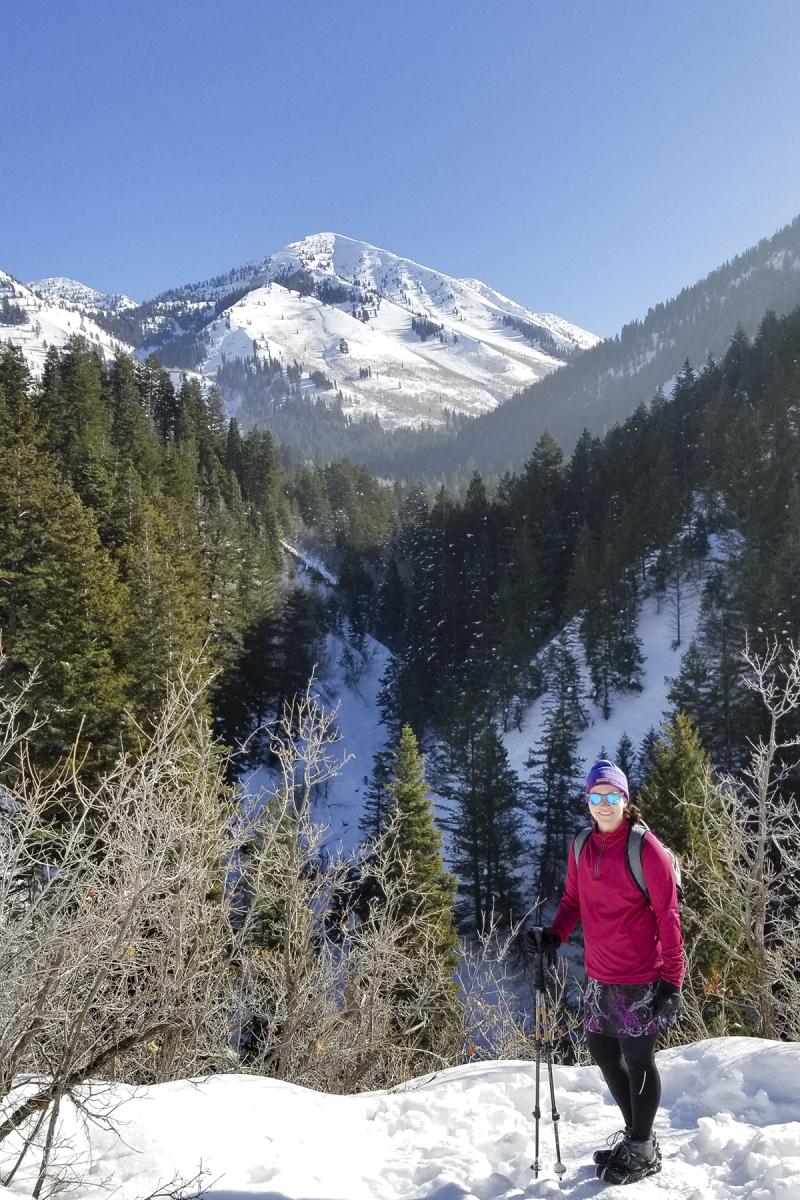 Snow hiking 02