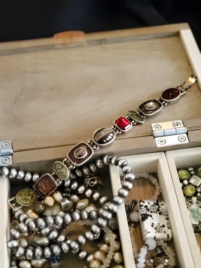 Stone bracelet 02