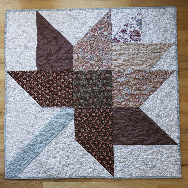19 autumn table quilt