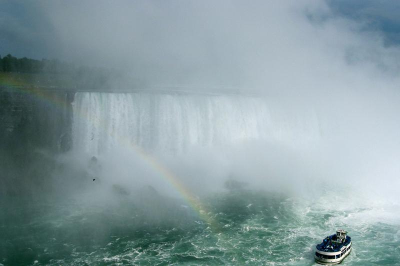 Niagara_falls_scenery
